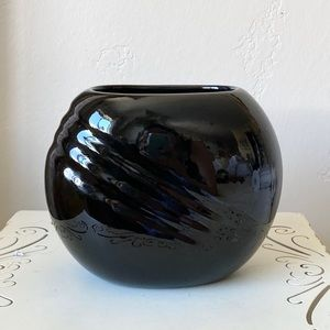 Vintage Art Deco style black vase